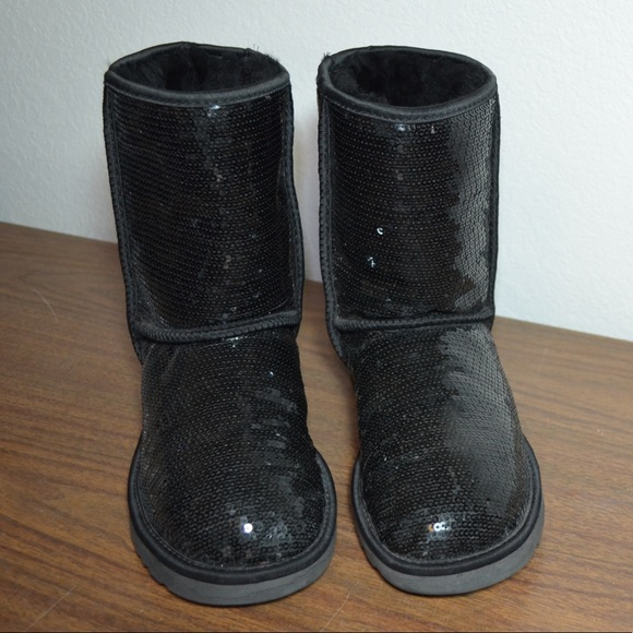 a2447528f1f OGG black sequin boots size 8